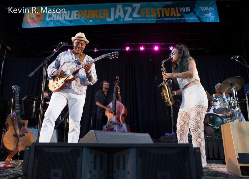 Allan Harris and Grace Kelly, Charlie Parker Jazz Festival © Kevin R. Mason